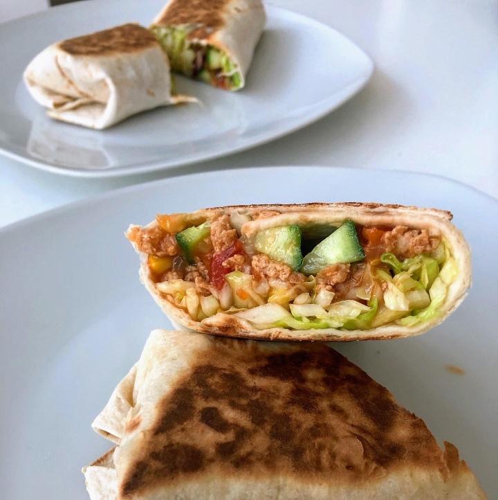 Chili Burritos (vegan)