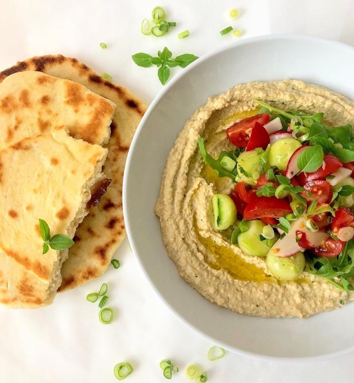 Hummus Bowl mit Fladenbrot(vegan)